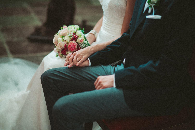 Aufewig-Hochzeitsreportage-Hochzeitsfotos-Schleswig-Holstein-Gluecksburg-Flensburg-R073