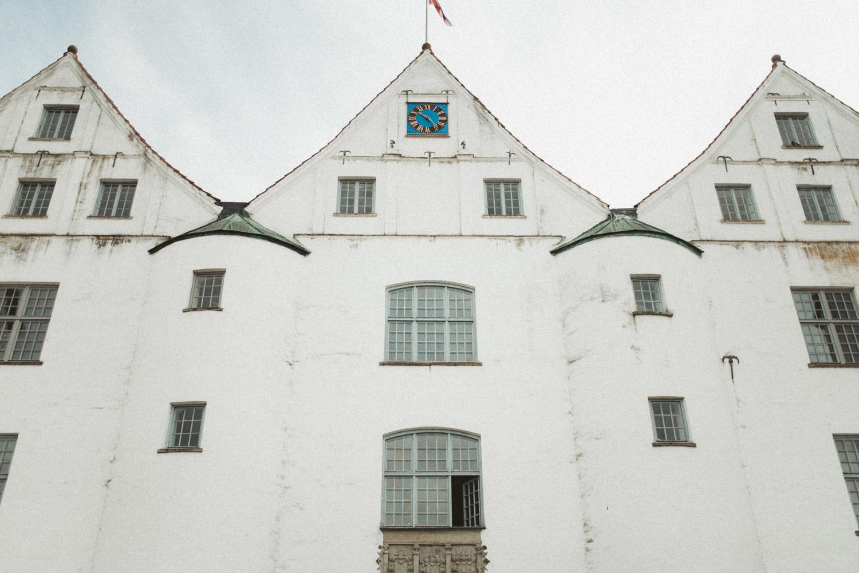 Aufewig-Hochzeitsreportage-Hochzeitsfotos-Schleswig-Holstein-Gluecksburg-Flensburg-R111