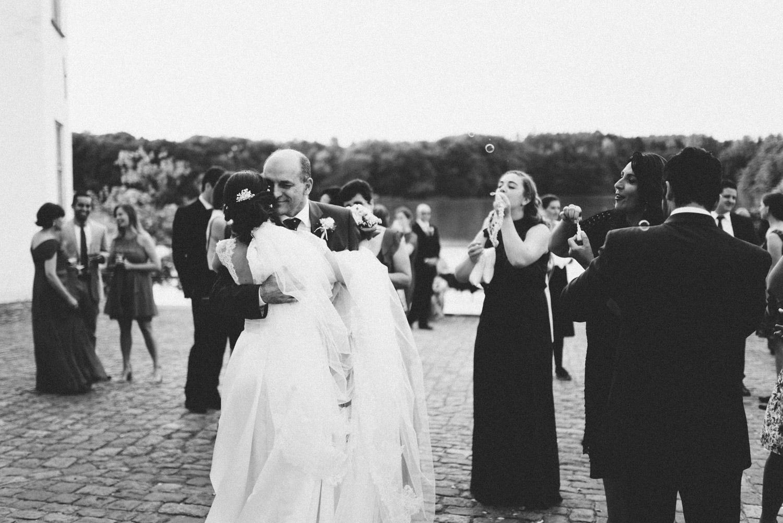 Aufewig-Hochzeitsreportage-Hochzeitsfotos-Schleswig-Holstein-Gluecksburg-Flensburg-R129