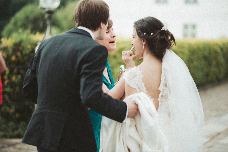 Aufewig-Hochzeitsreportage-Hochzeitsfotos-Schleswig-Holstein-Gluecksburg-Flensburg-R133