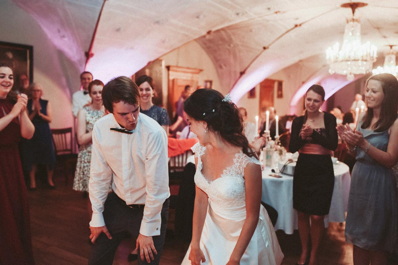 Aufewig-Hochzeitsreportage-Hochzeitsfotos-Schleswig-Holstein-Gluecksburg-Flensburg-R209